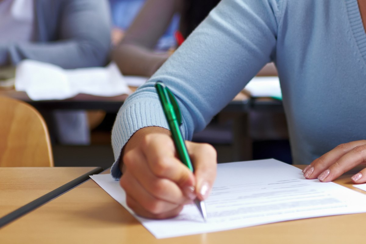 El examen FIR constará de 175 preguntas,más 10 de reserva, y los aspirantes dispondrán de cuatro horas para realizarlo.