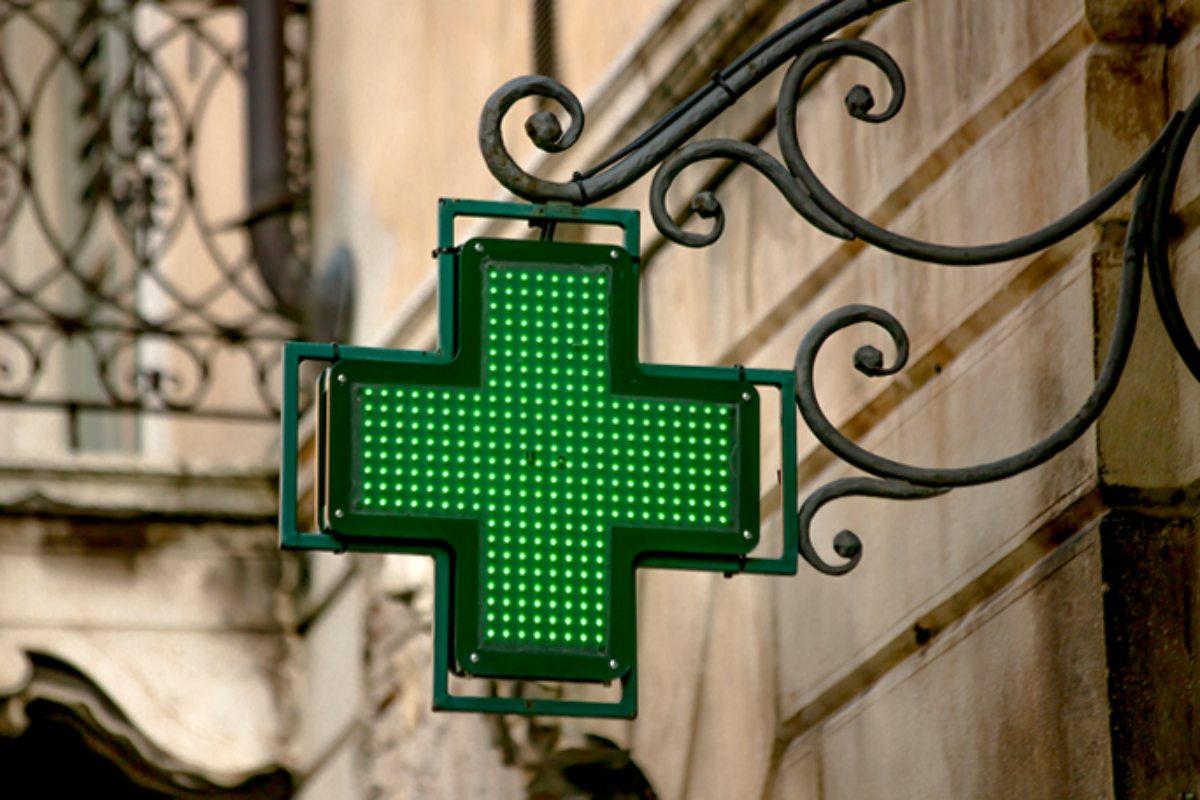 El Consejo General de COF destaca que la red de farmacias es una estructura sanitaria con amplio potencial en programas de cribado y protocolos de detección precoz.