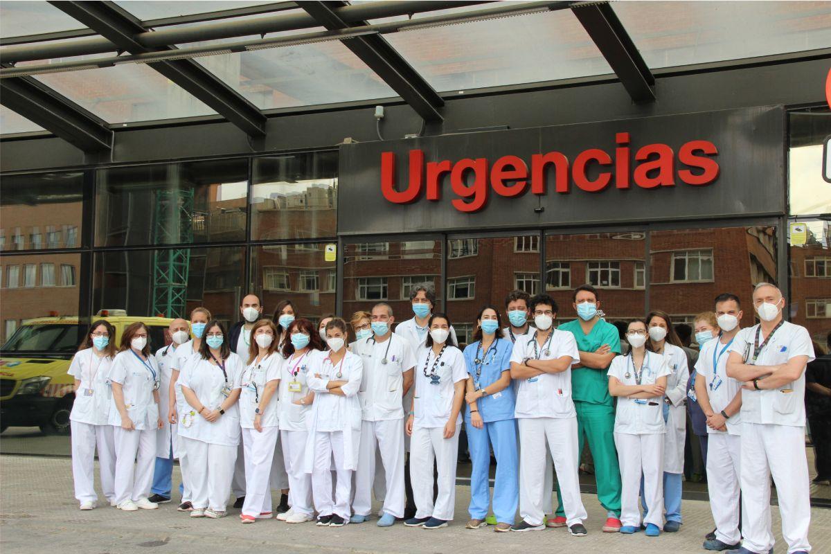 Equipo del Servicio de Urgencia del Hospital Clínico de Madrid. FOTO: HCUSC.