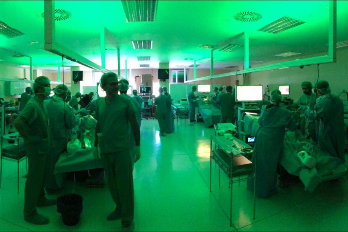 Cirugía avanzada por HIPEC, en el Hospital QuironSalud de Torrevieja (Alicante) (FOTO: SEOQ).