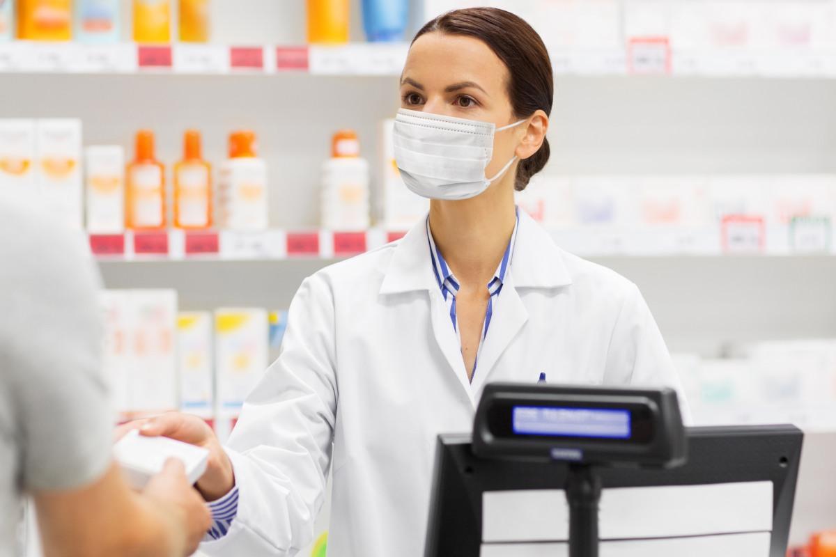 El sistema de dispensación que respalda el acuerdo firmado entre el SAS y el Cacof refleja la colaboración entre farmacia comunitaria y hospitalaria en beneficio del paciente.