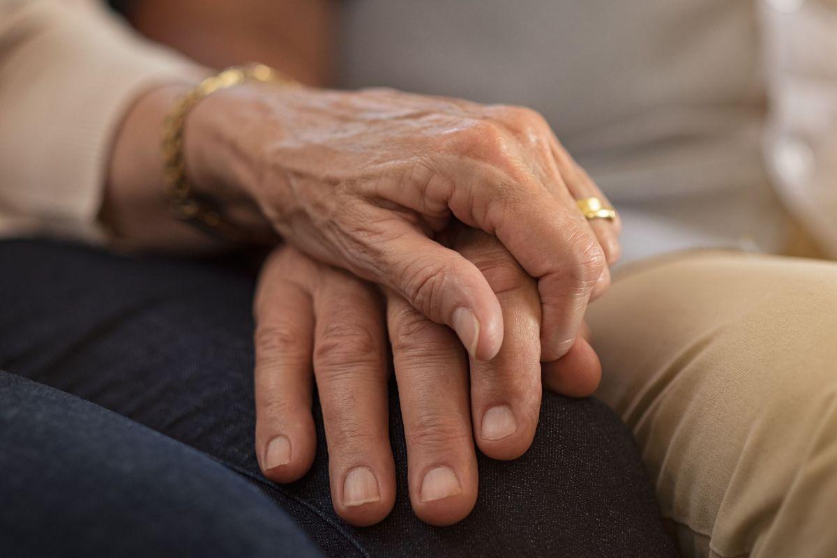 Los ancianos con cáncer requieren de un manejo muy equilibrado.