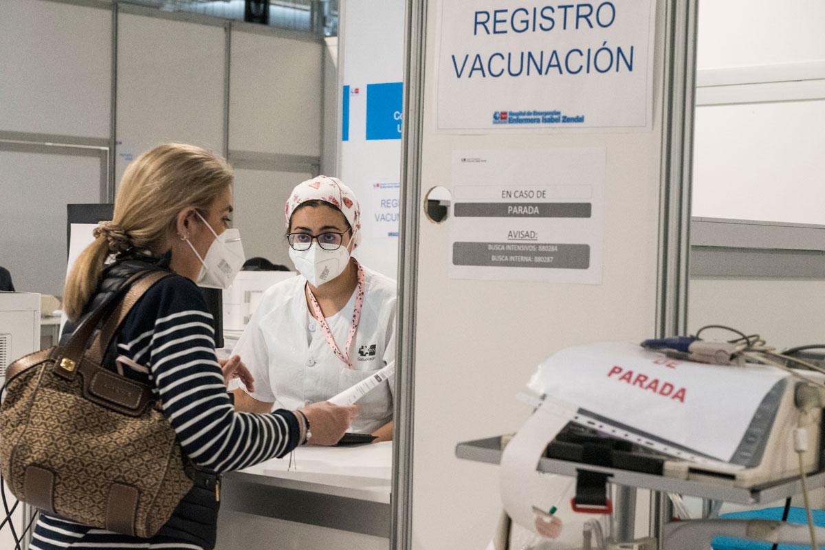 Paciente en el registro de vacunación del Hospital Enfermera Salud Mental (Foto: Luis Camacho)