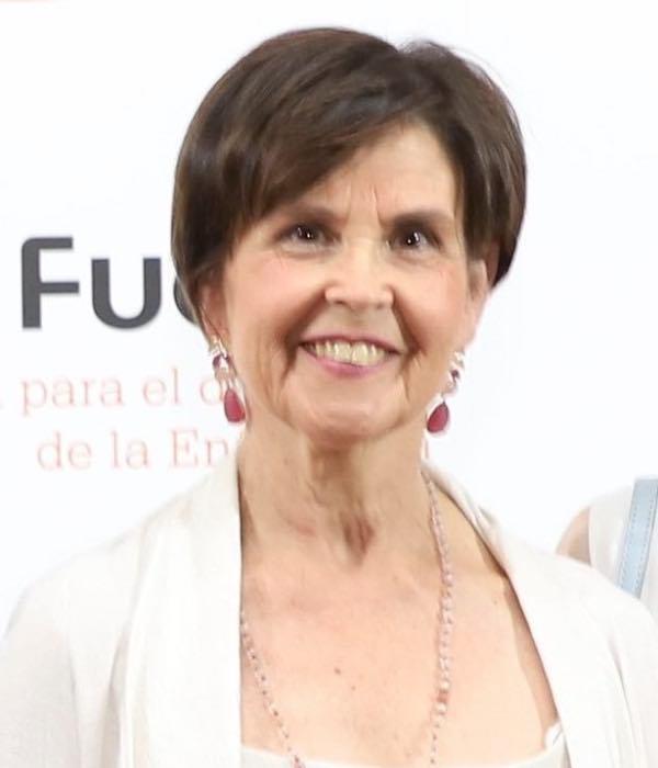 Carmen Mart�n Salinas.