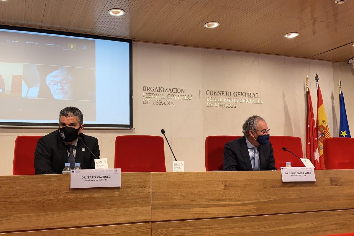 Tato Vázquez Lima y Tomás Cobo, en la sede de la OMC, escuchan la intervención de Luis García-Castrillo por videoconferencia (FOTO: Cgcom).