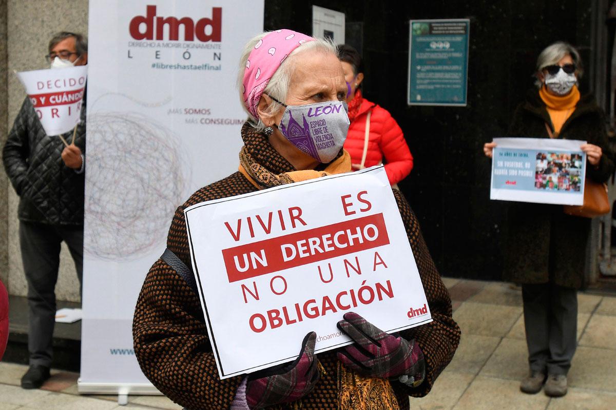 Manifestación en León a favor de la eutanasia (Foto: EFE)