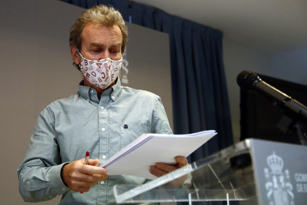 Fernando Simón, director del CCAES, durante la rueda de prensa ofrecida este lunes en el Ministerio de Sanidad para dar los últimos datos de la pandemia.