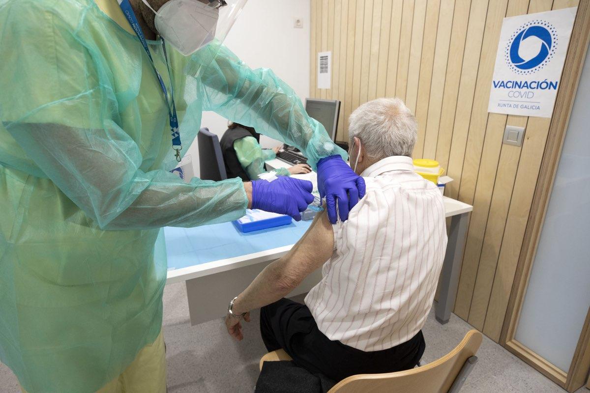Imagen de la campaña de vacunación contra la covid en un centro de salud del Servicio Gallego de Salud (Sergas) (FOTO: Sergas).