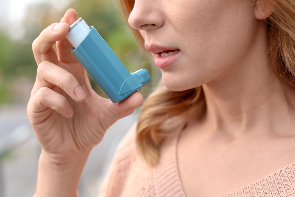 El asma en una enfermedad con una prevalencia que ronda el 5% y que, en España, padecen alrededor detres millones de personas.