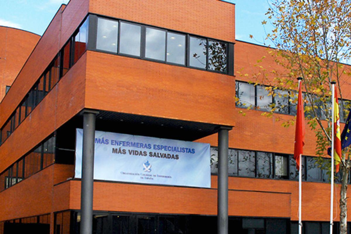 El Consejo General de Colegios Oficiales de Enfermer�a de España es el órgano regulador de la profesión enfermera en España.