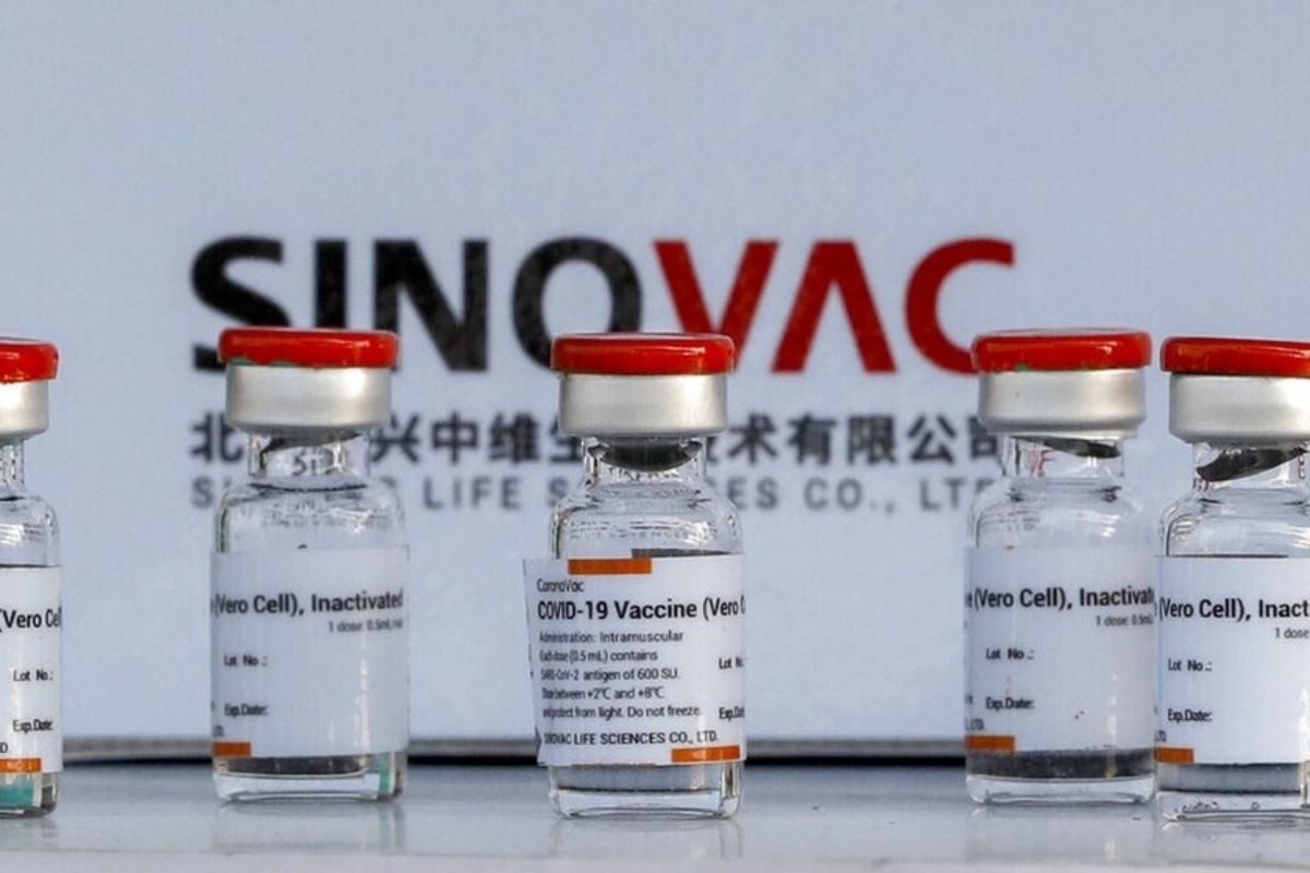 Coronavac, aprobada para uso de emergencia para niños y adolescentes entre 3 y 17 años. FOTO: Sinovac.