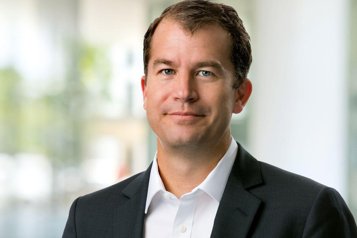 """David Fredrickson, vicepresidente global de la Unidad de Oncología de AstraZenenca, afirma que la apuesta de la compañía por el área """"es mayor que nunca""""."""
