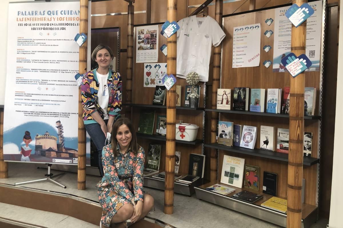 Olga Navarro y Vanessa Ibáñez del Valle, autoras de 'Enfermeras invisibles'.