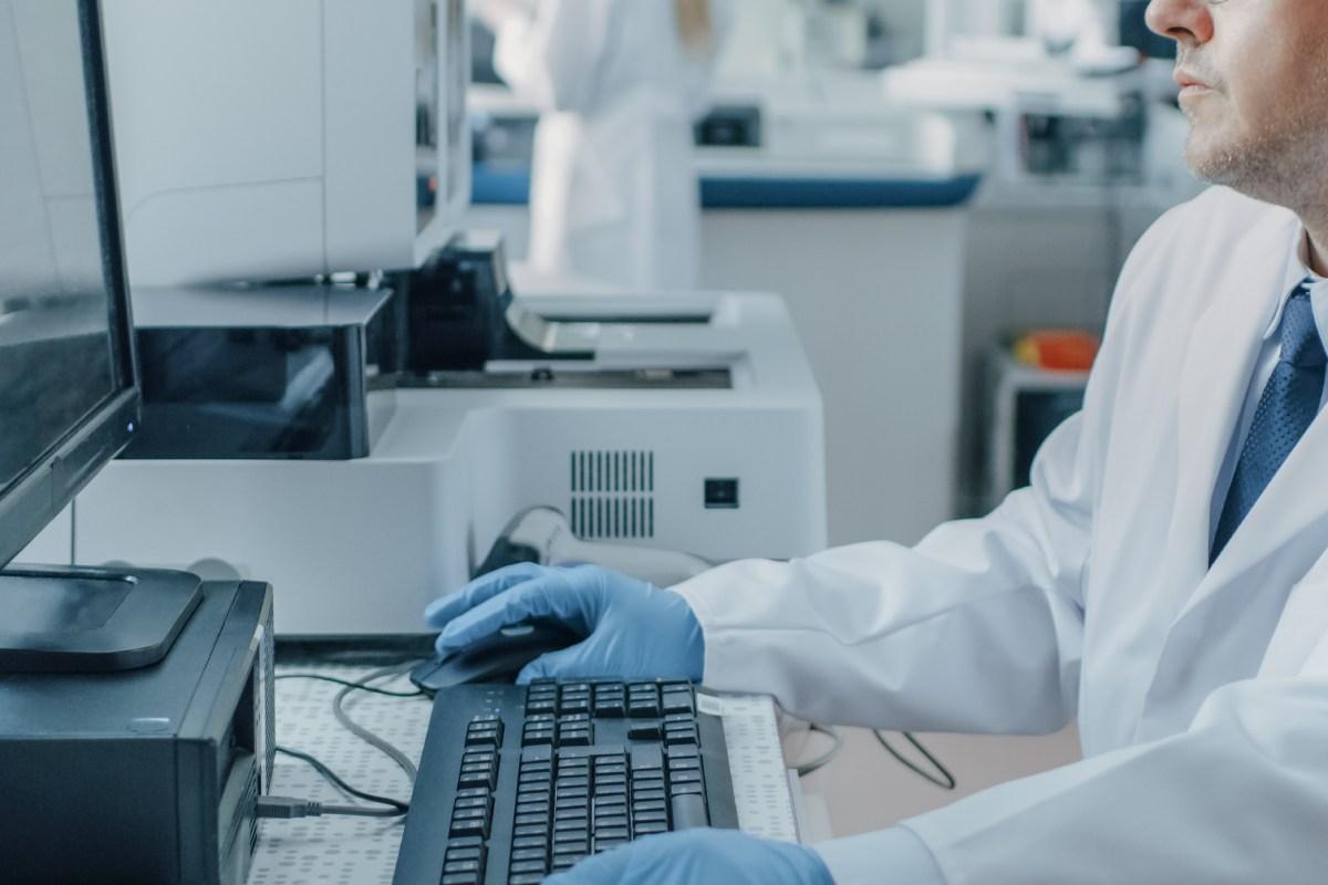 En esta jornada virtual se han analizado ventajas e inconvenientes de la automatización de los servicios de Farmacia Hospitalaria en la región.