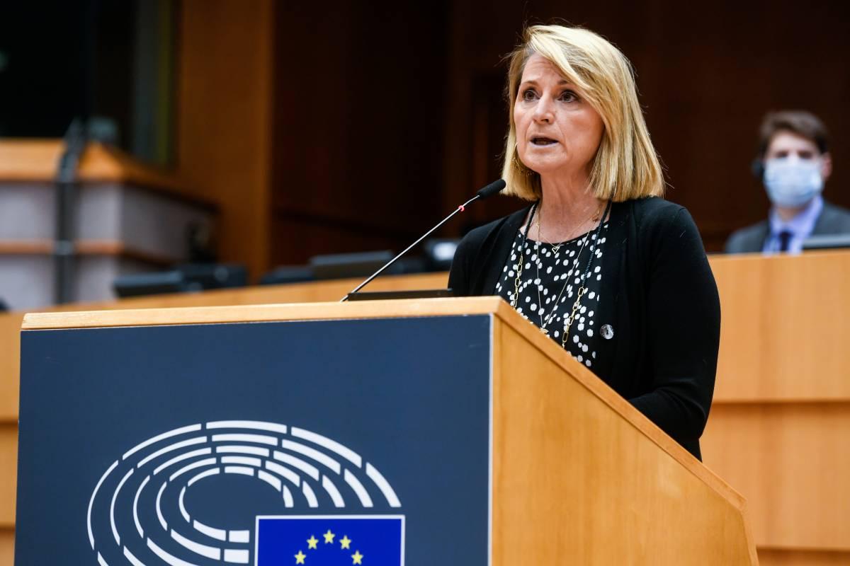 La eurodiputada del PP Rosa Estaràs, en el Parlamento Europeo (Foto: PPE)