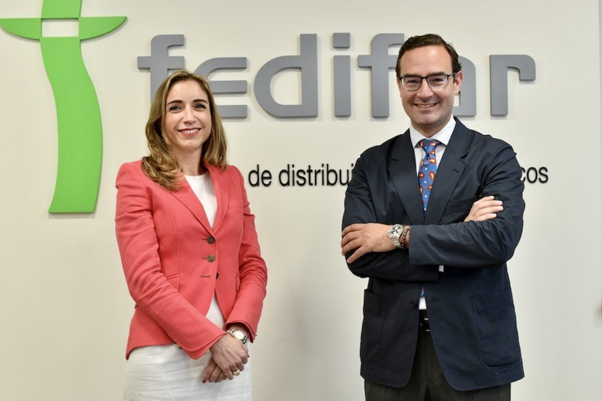 Matilde Sánchez Reyes, presidenta de Fedifar, y Luis de Palacio, presidente de FEFE.