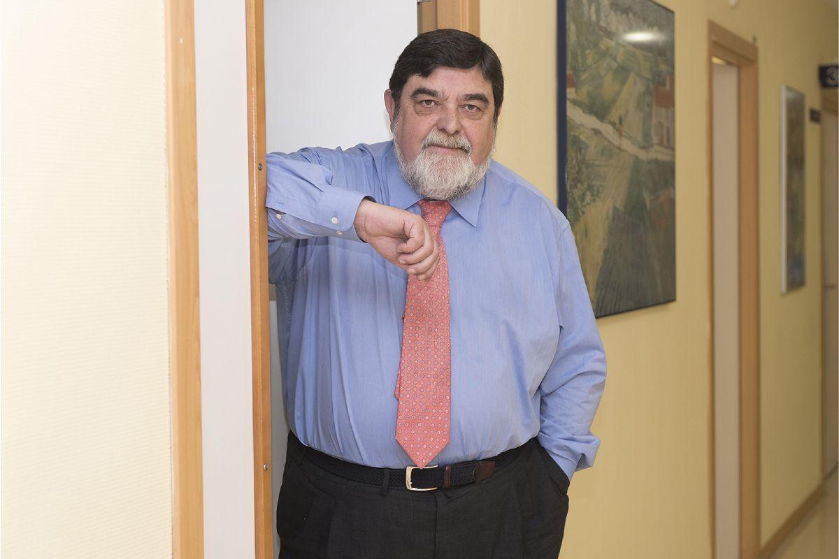 Jesús Argente, jefe del Servicio de Pediatría y Endocrinología Pediátrica del Hospital Infantil Niño Jesús, de Madrid. FOTO: Luis Camacho.