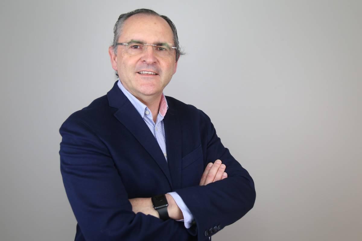 José Vázquez, farmacéutico de Vigo y candidato a presidir el COF de Pontevedra.
