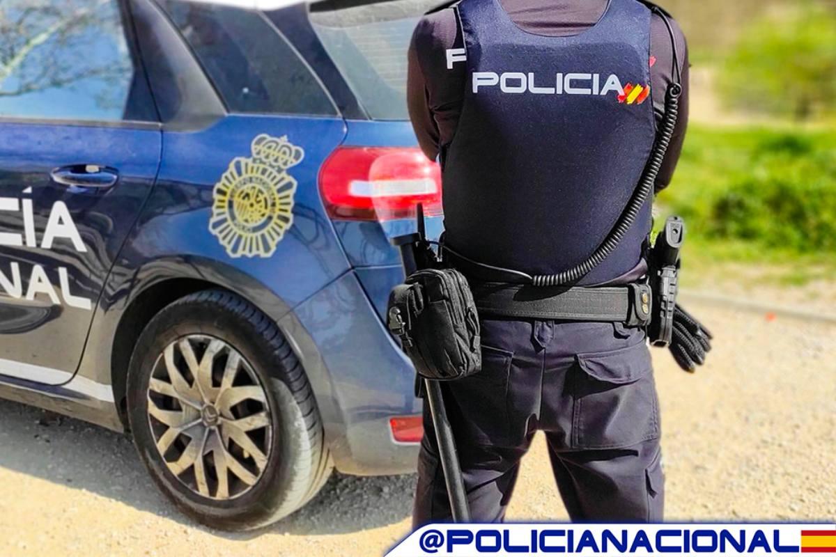 La Policía Nacional ha constatado que los titulares de los documentos no se habían tomado muestra alguna en ningún momento. (Policía Nacional)