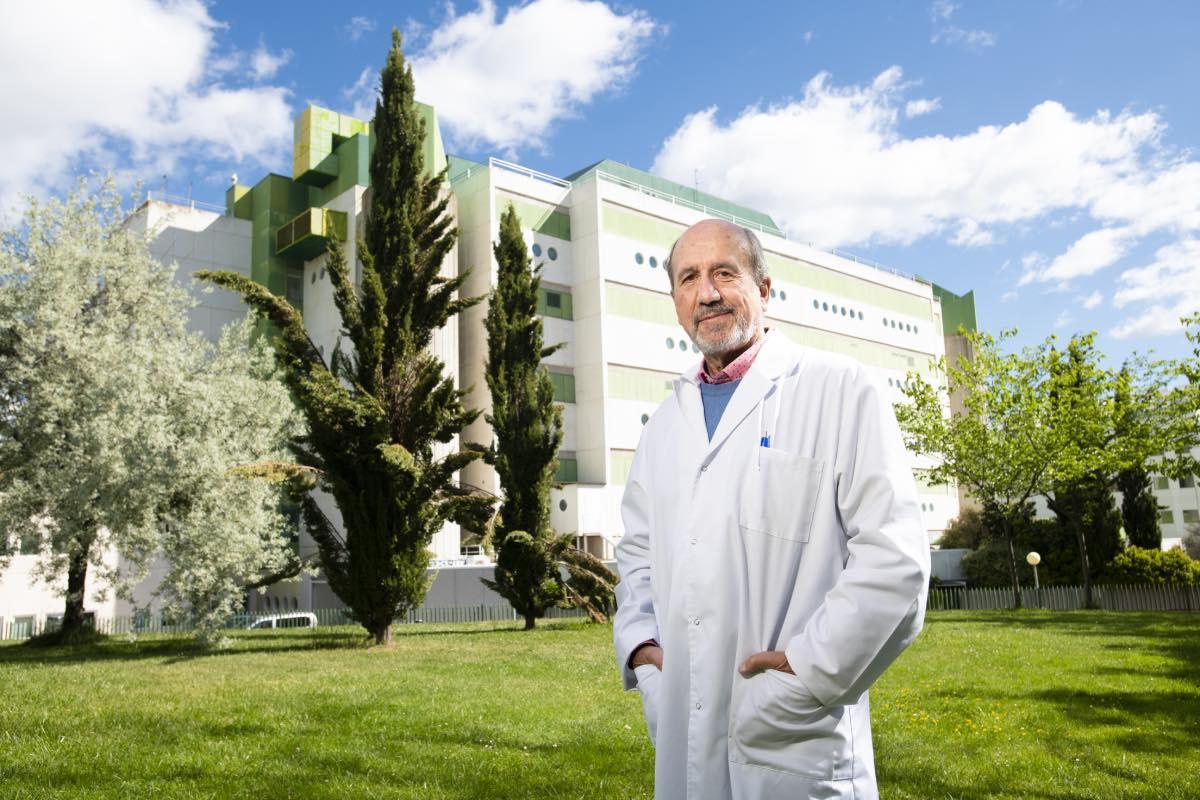 Mariano Esteban, investigador del Laboratorio de Vacunas del Centro Nacional de Biotecnología y codirector del equipo de la vacuna española (Foto: Mauricio Skrycky).