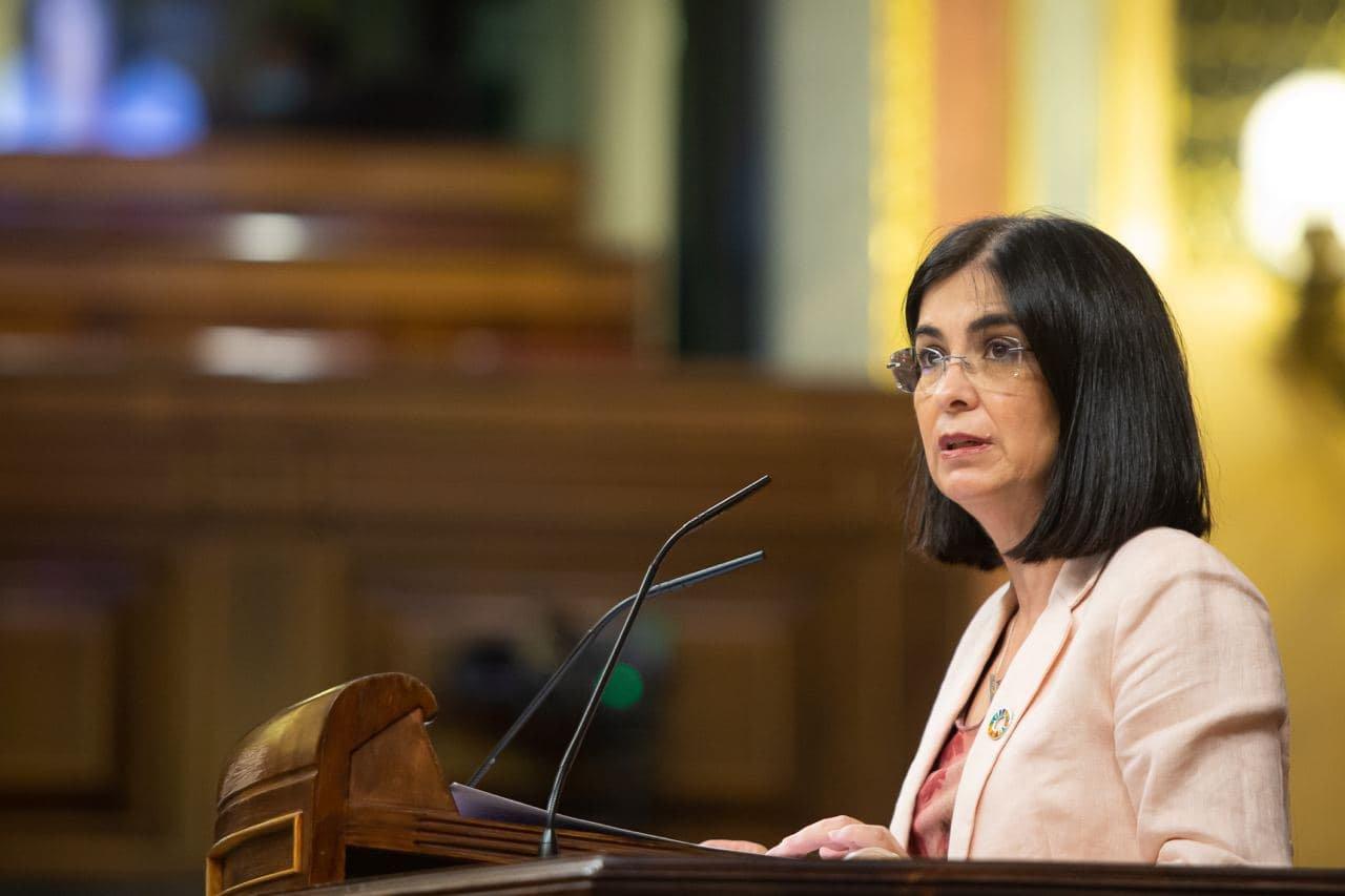 La ministra de Sanidad, Carolina Darias, en el Congreso de los Diputados.