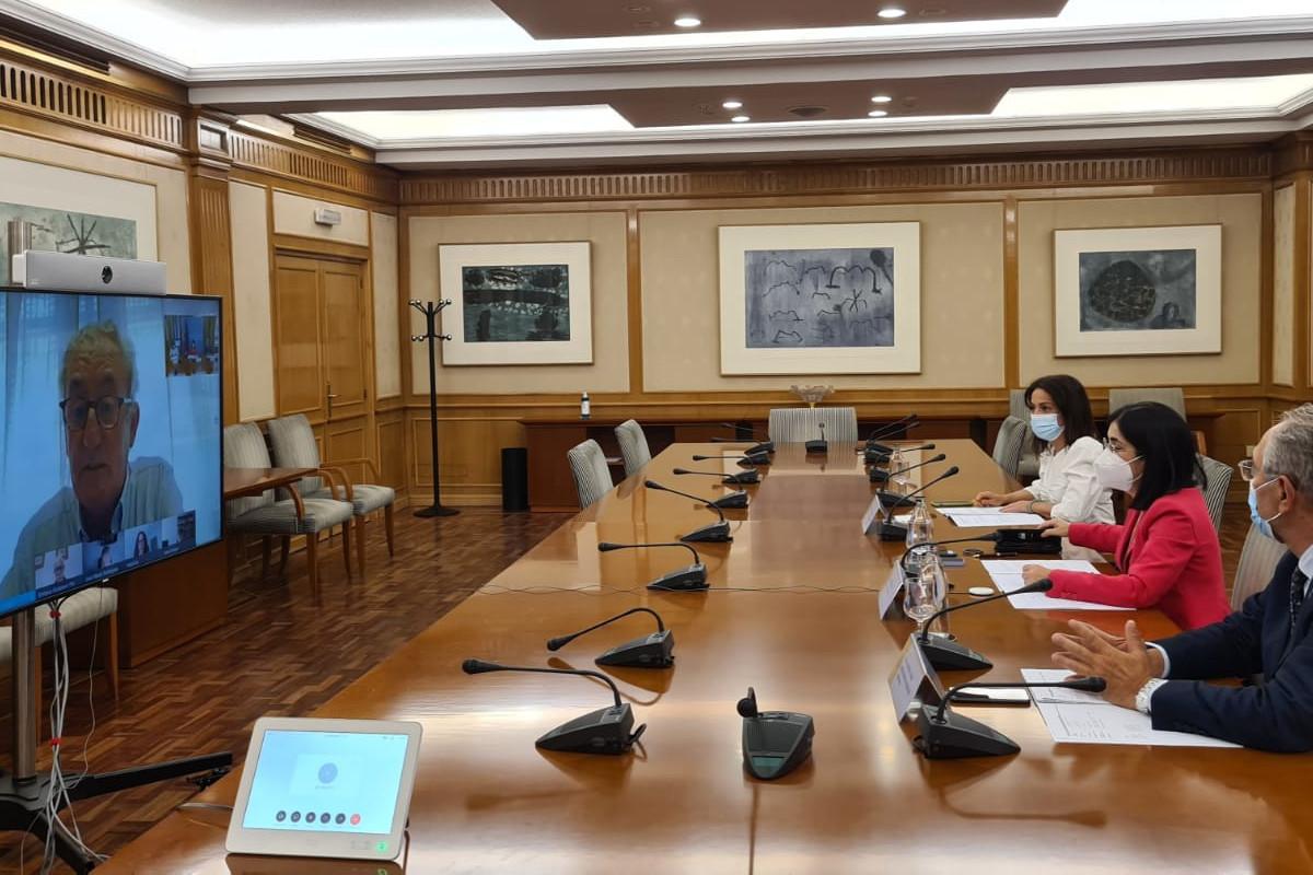 Reunión de la Comisión Permanente CGCOM y representantes Ministerio de Sanidad.
