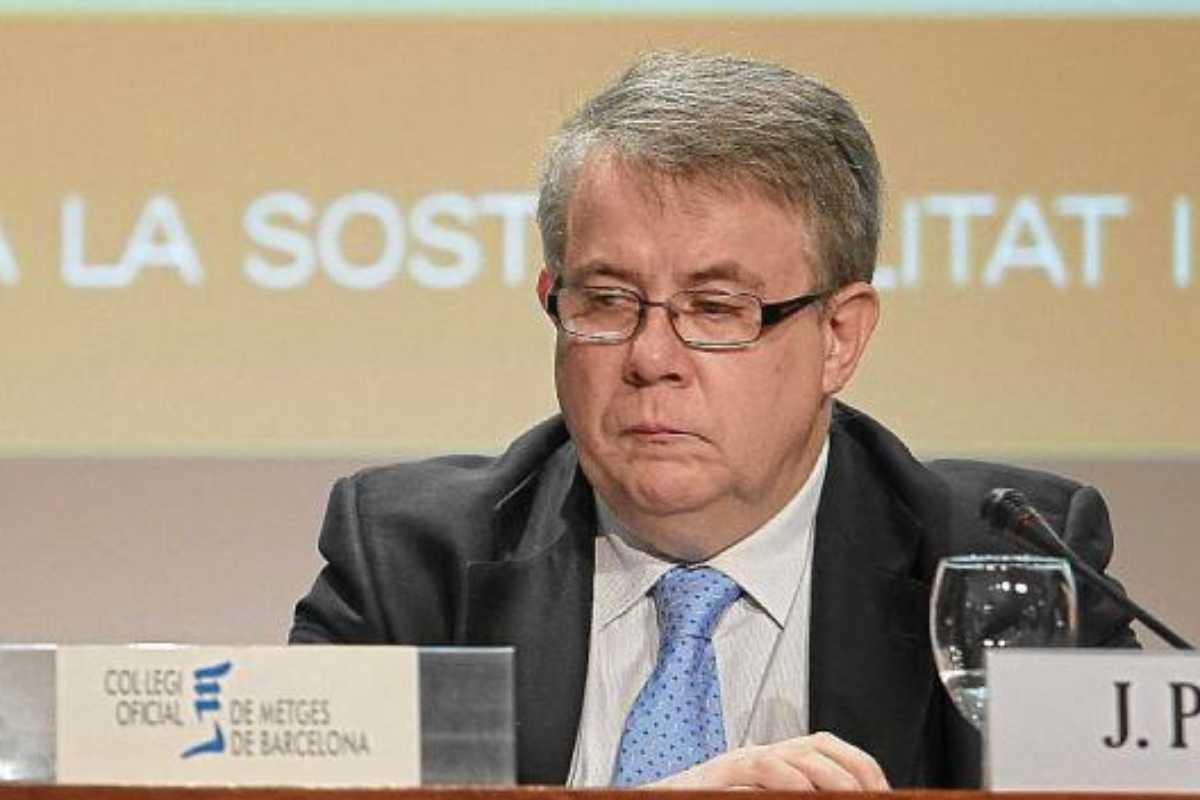 Padrós preside el COMB y también el Consejo de Colegios de Médicos de Cataluña.