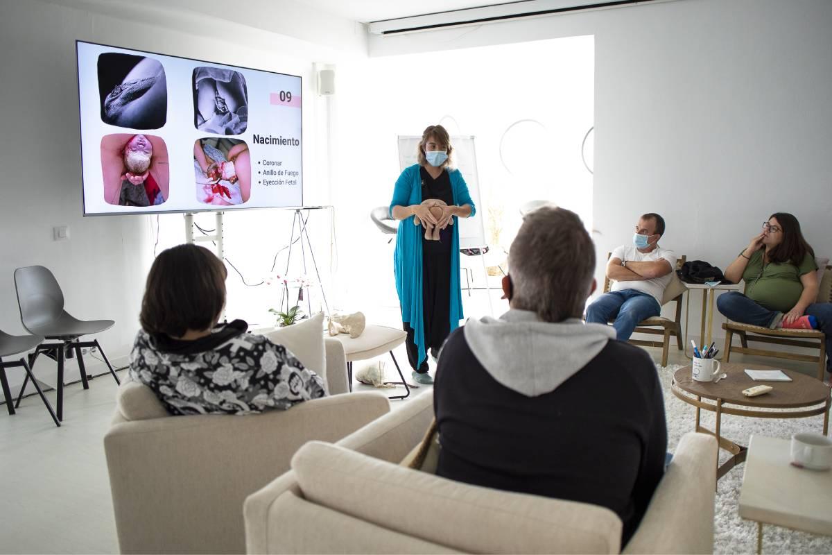 Ancara perinatal ofrece talleres 'on line' y presenciales para acompañar a la mujer en el embarazo.