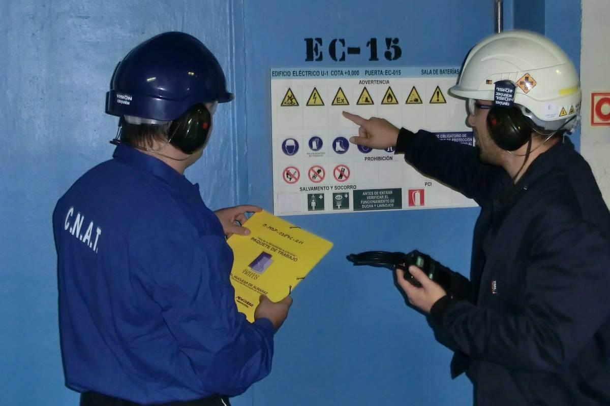 Trabajadores de la central nuclear de Almaraz, en Cáceres./ Foro Nuclear.