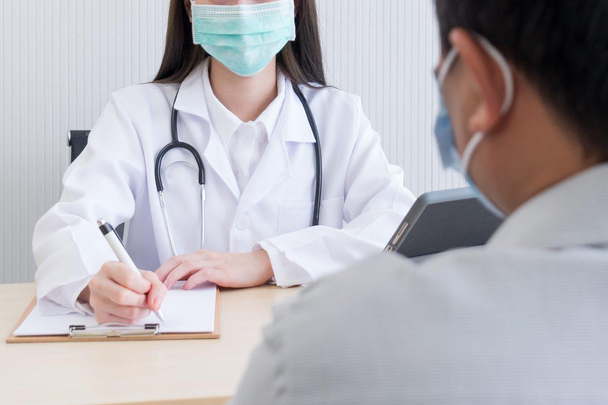 El health coach tiene una gran diversidad de competencias y habilidades en la gestión de las emociones para incidir más en el paciente y no solo en la enfermedad.
