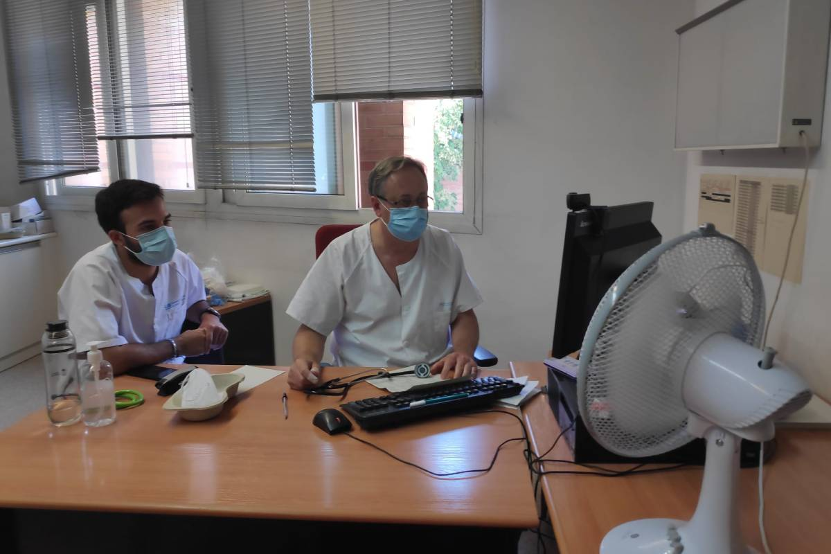 Carlos Casado, especialistade Medicina Familiar y Comunitaria en un centro de salud de Carabanchel.