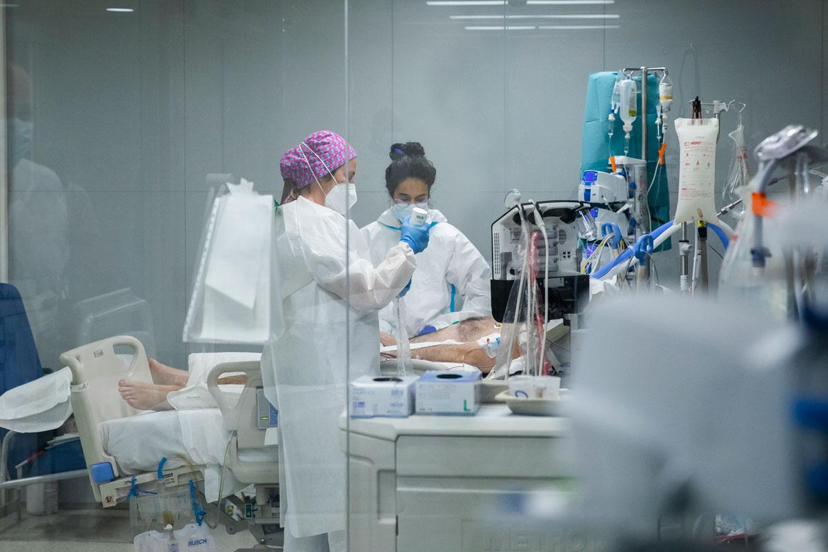 UCI en el Hospital Isabel Zendal, en Madrid.