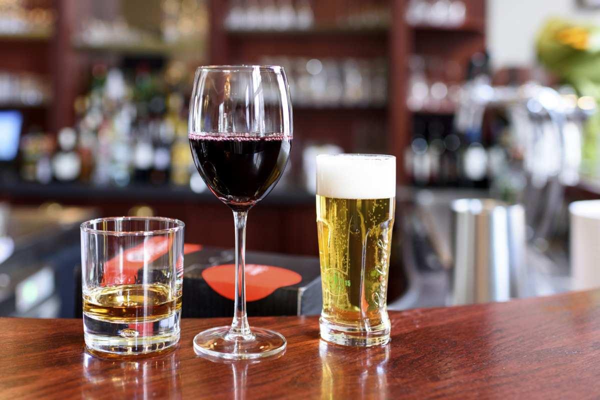 Del total de urgencias hospitalarias causadas por sustancias psicoactivas, el 51% lo son por el alcohol.