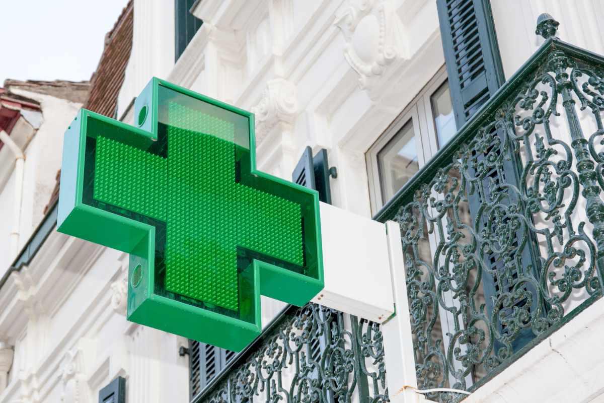 Las farmacias son puntos idóneos sanitarios para aumentar la ratio de vacunación. FOTO: CF.