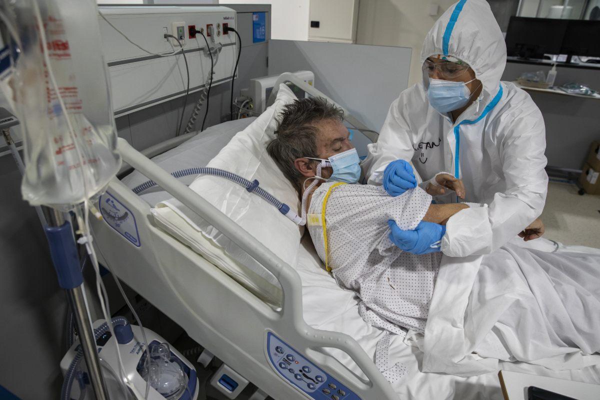 Unidad de Cuidados Respiratorios Intermedios del Hospital Isabel Zendal. (FOTO: Bernardo D�az).