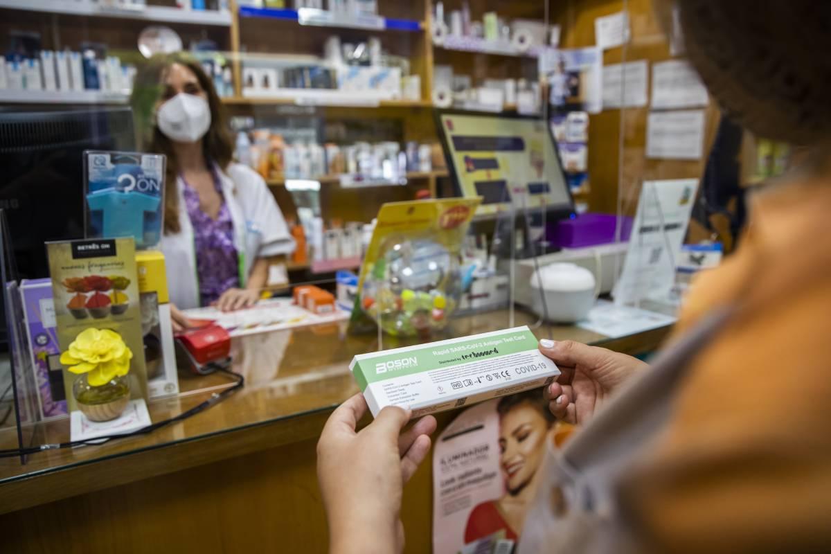La Mesa de la Profesión Enfermera dice que hay que acabar con la especulación y desigualdad de precios.