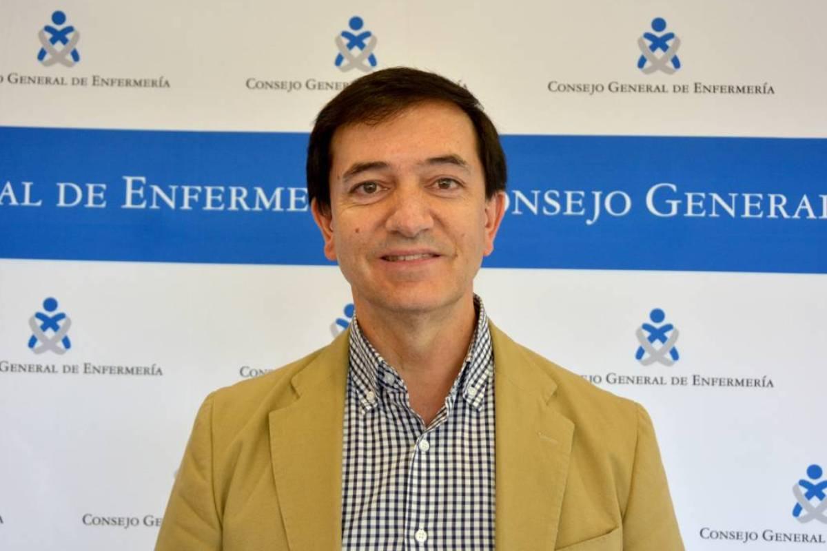 Diego Ayuso, secretario del Consejo General de Enfermer�a.