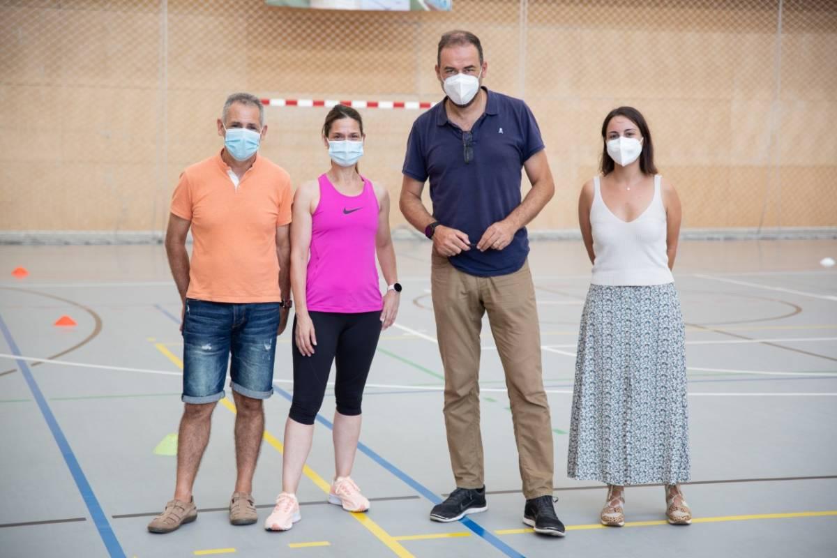 Carlos Hernando Domingo (UJI), Elena García Roca (doctoranda en la UJI), Eladio J. Collado Boira (UJI), Ana Floch Ayora (especialista en el área de Oncología).