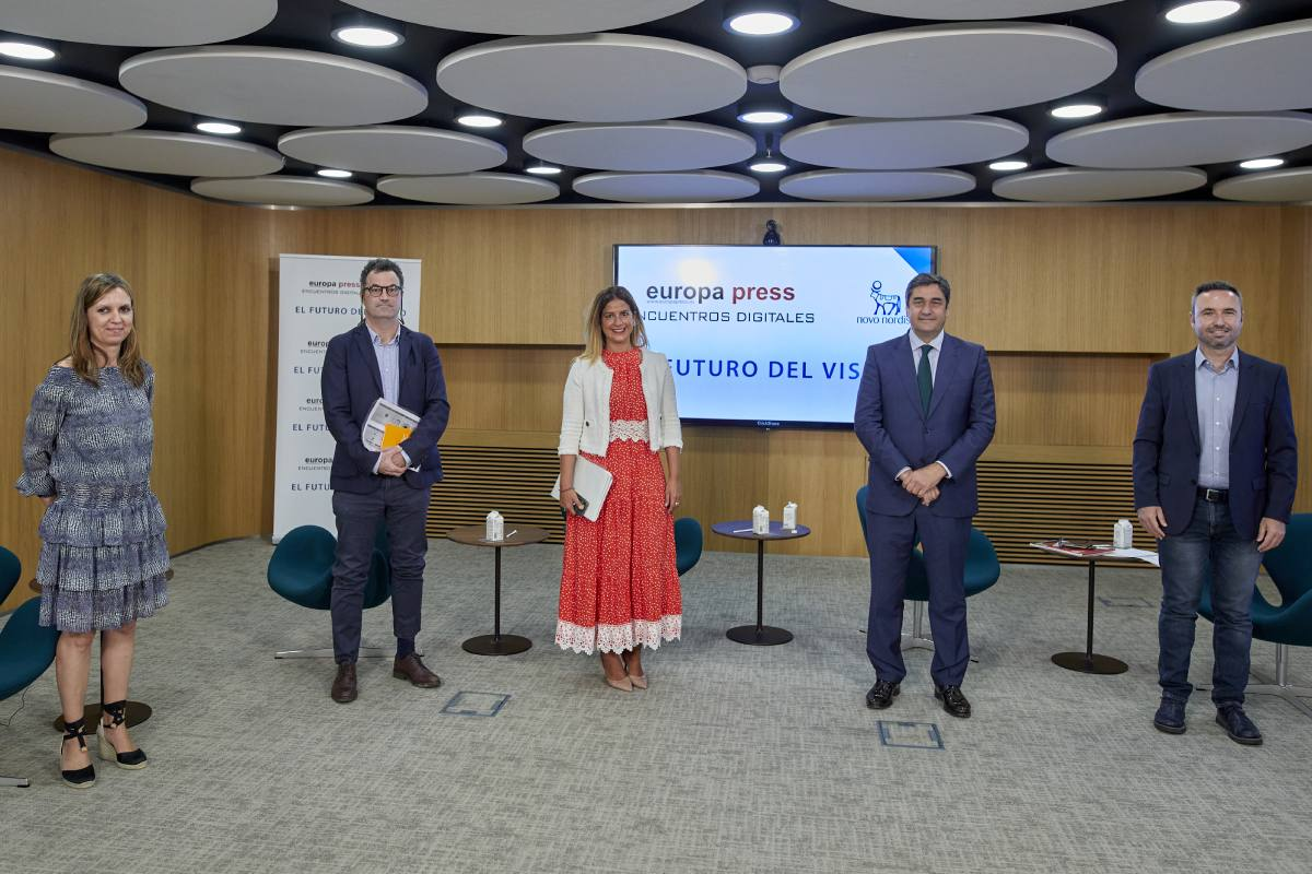 Mar�a P�n, Jorge Mestre, Elena Mantilla, José Ignacio Echániz y Guillermo D�az, durante el encuentro digital celebrado este martes.