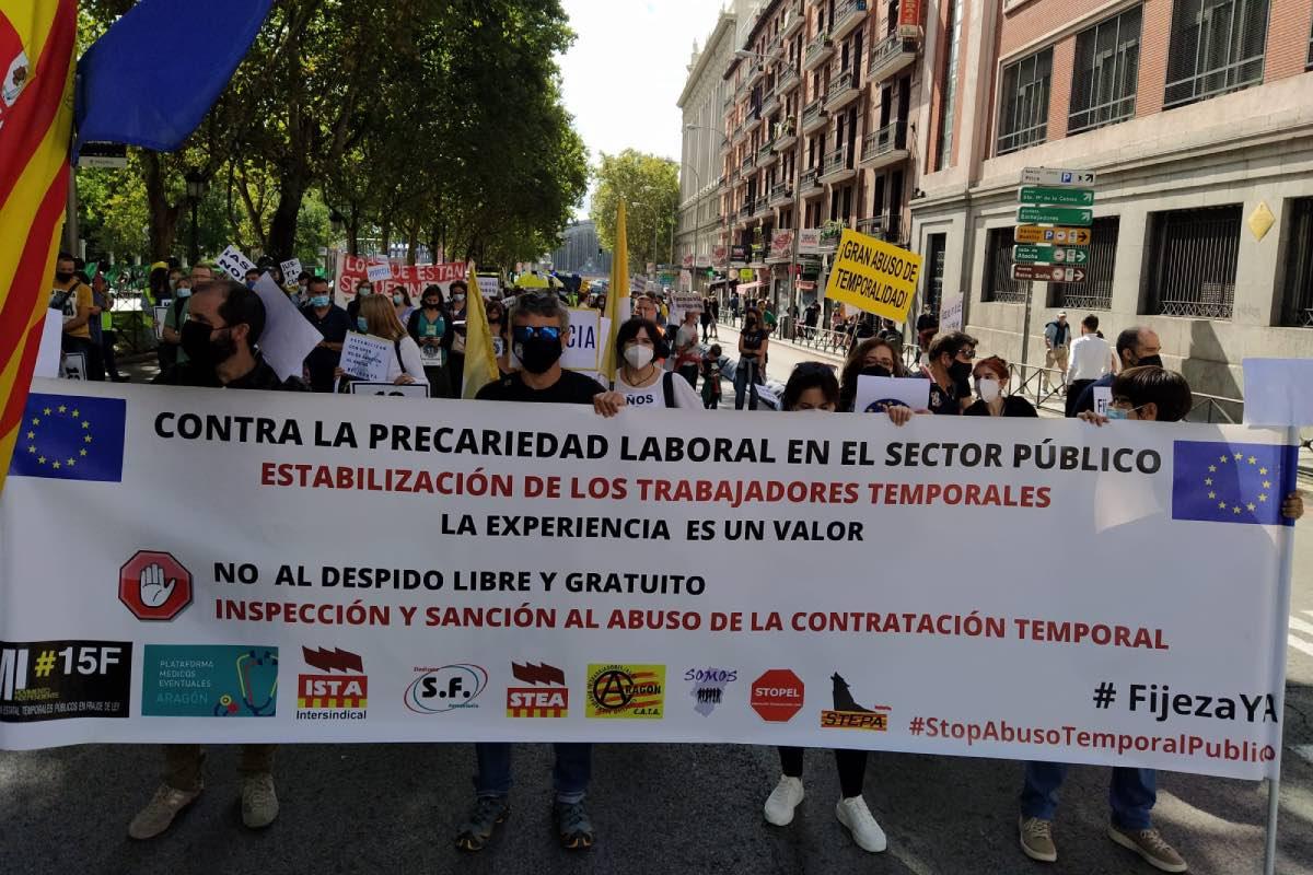 Aspecto de la manifestación que este fin de semana ha recorrido el centro de Madrid, convocada por sindicatos y asociaciones de interinos de toda España (Foto: Maaszoom Comunicación).