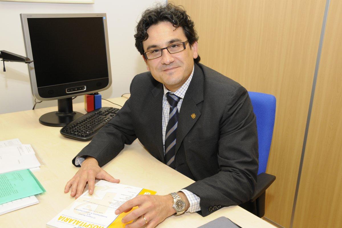 José Luis Poveda, presidente de laComisión Nacional de Farmacia Hospitalaria.