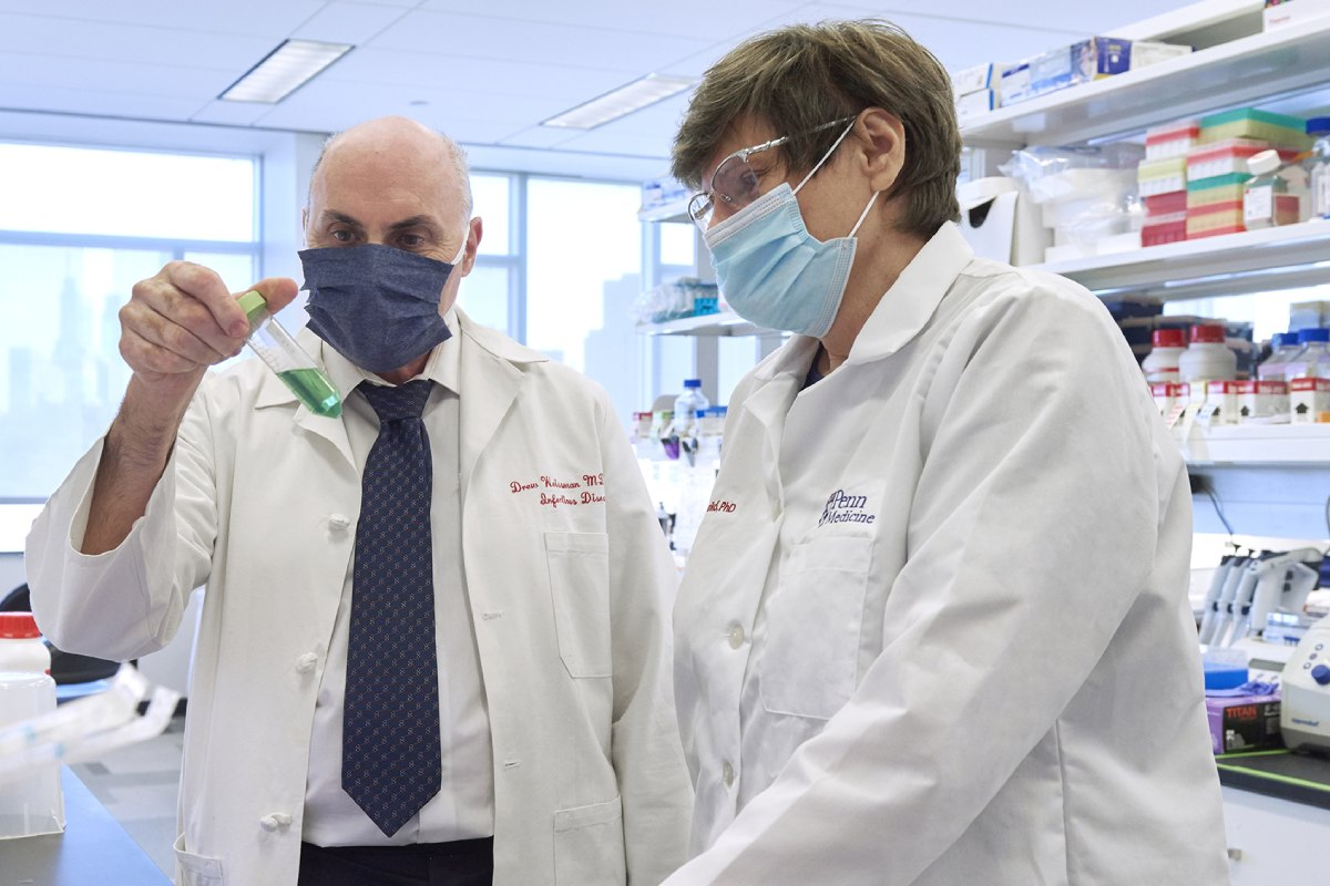 Los investigadores Drew Weissman y Katalin Karikó, premiados con los Lasker de 2021.