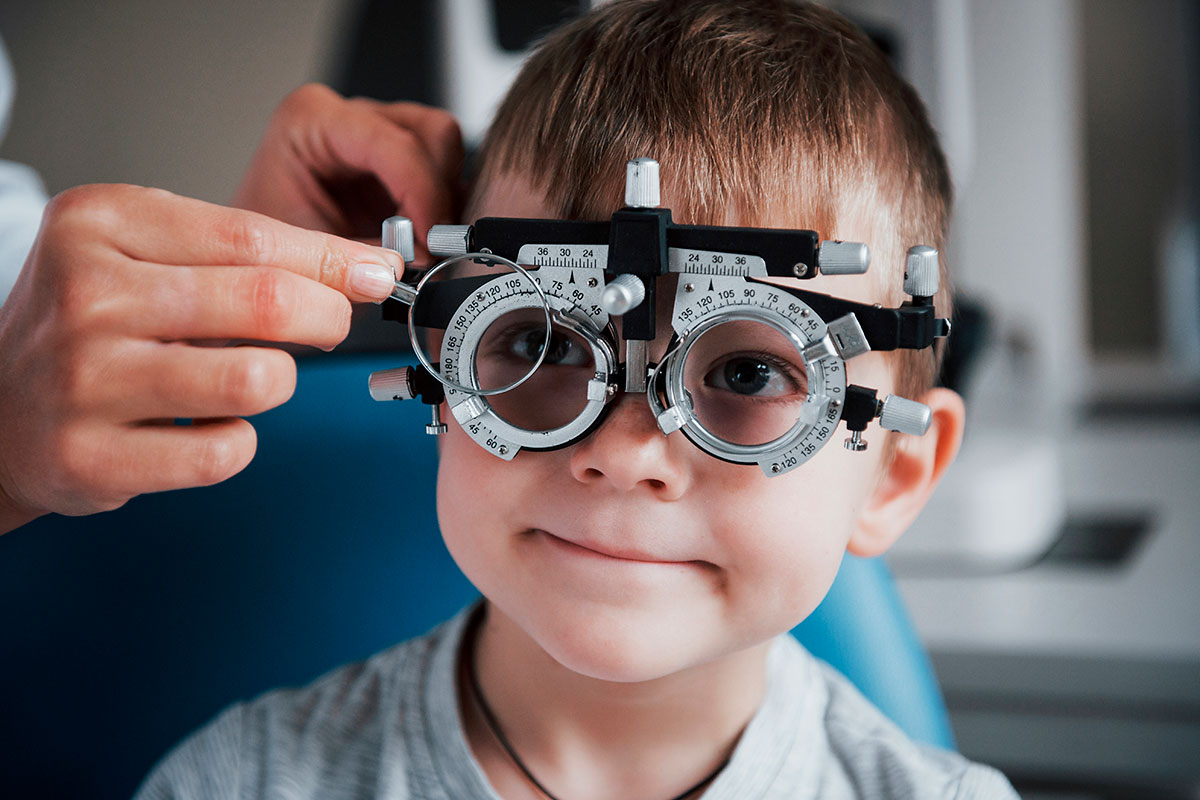 Desde el CNOO recomiendan evaluar el sistema visual de los menores con mayor frecuencia cuando ya se han identificado defectos refractivos, ambliop�a, estrabismo o alteraciones de la relación acomodación-convergencia.