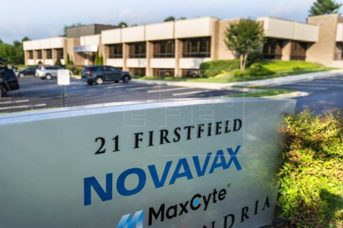 La candidata vacunal de Novavax está basada en la proteína 'S' junto a un adyuvante.
