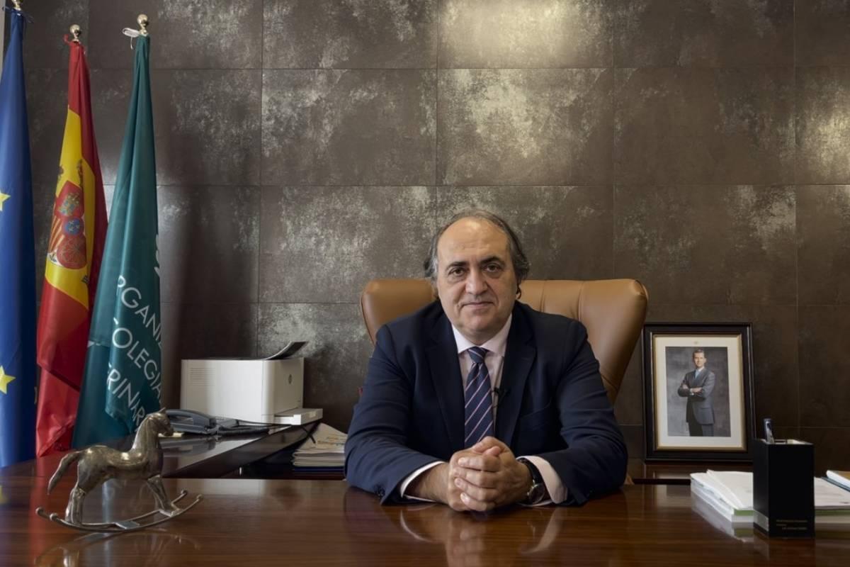 Luis Alberto Calvo, presidente de la Organización Colegial Veterinaria (OCV).