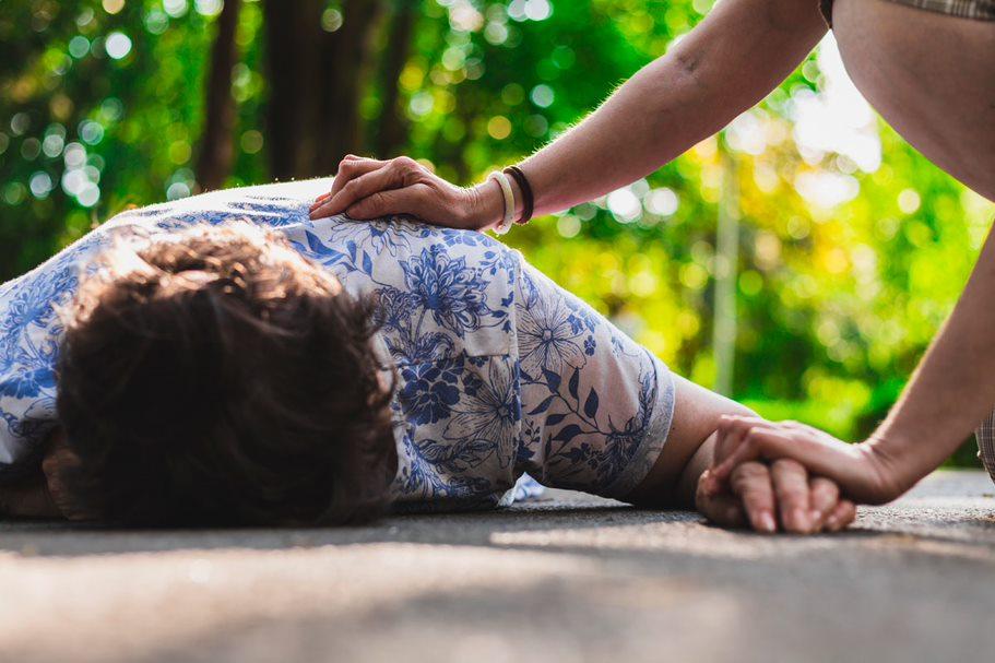 En España, se estima que más de 400.000 personas sufren epilepsia, una enfermedad que es más frecuente en niños y adolescentes, y también en adultos mayores.