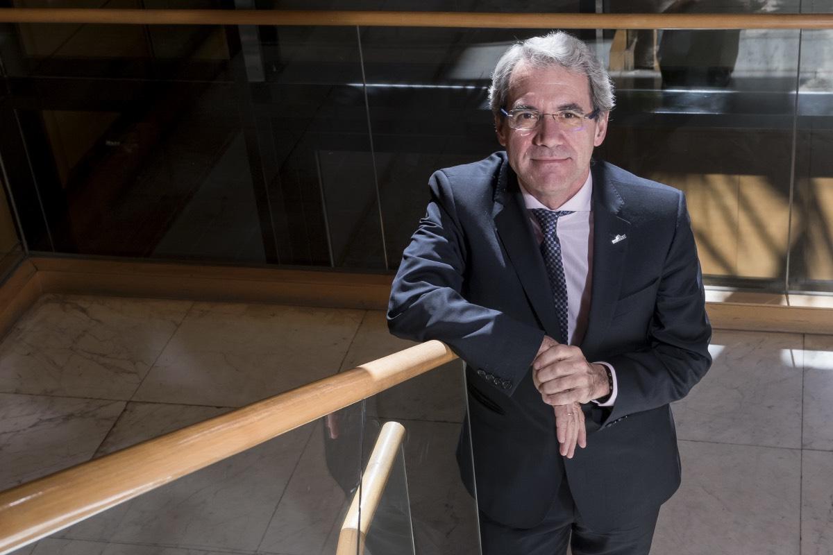 Salvador Tranche, presidente de Semfyc, habla con DM en vísperas del inicio del XLI congreso nacional de la sociedad, que reunirá en Palma de Mallorca a 2.500 médicos de Familia (Foto: José Luis Pindado).