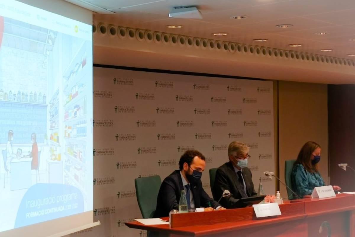 Jordi Casas, Josep María Argimón y Aina Surroca, durante la inauguración del programa formativo del COF de Barcelona.