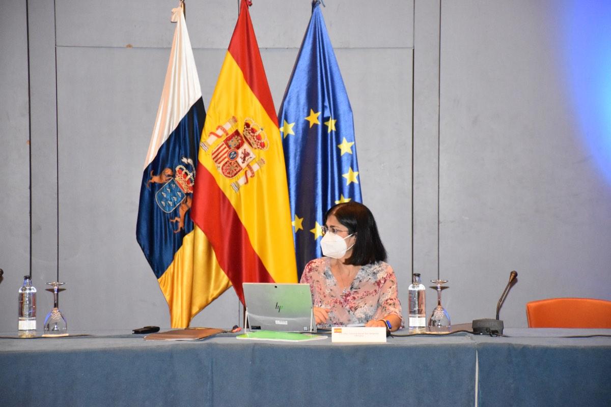 La ministra de Sanidad, Carolina Darias, preside la reunión que ha mantenido los dos últimos días en Canarias con los consejeros de las 17 comunidades para abordar la situación de primaria (Foto: Ministerio de Sanidad).