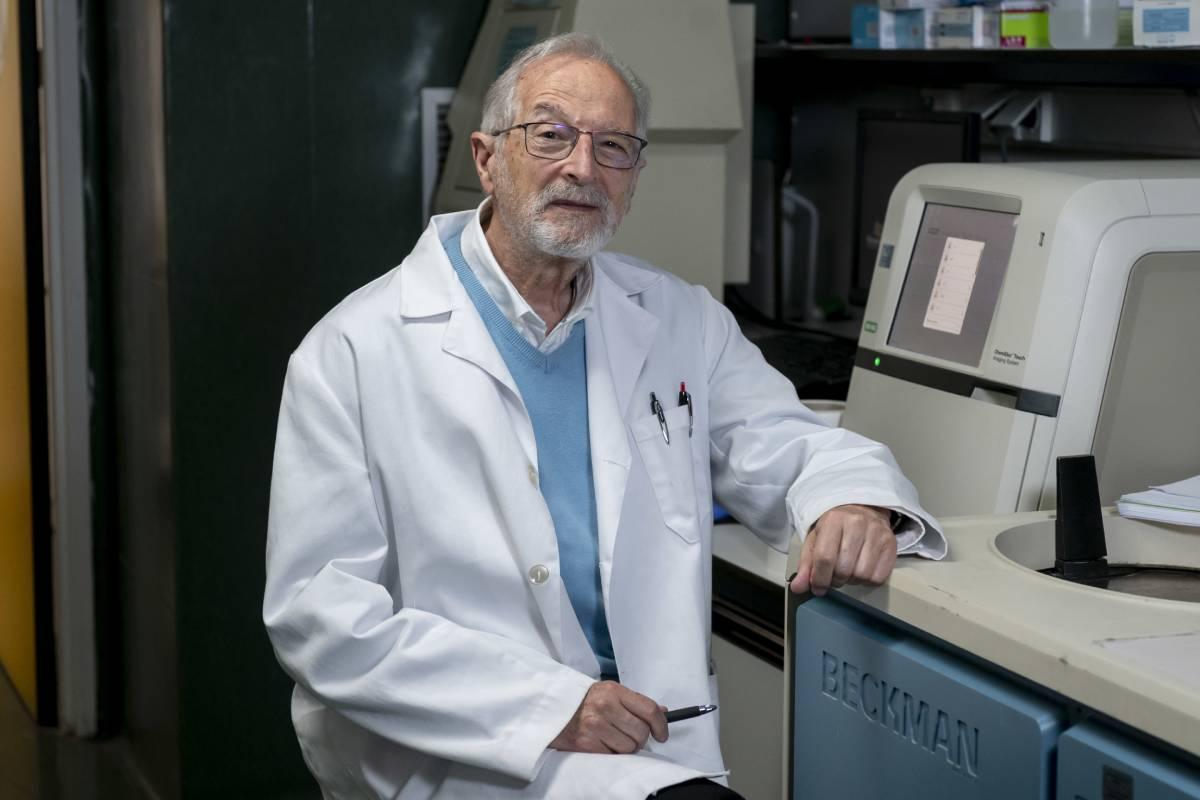Luis Enjuanes, director del Laboratorio de Coronavirus del Centro Nacional de Biotecnología-CSIC (FOTO: José Luis Pindado).